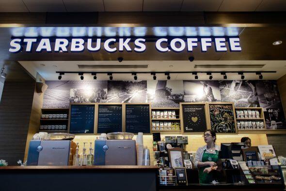 Al ser preguntado sobre si Starbucks será un competidor en Colomb...