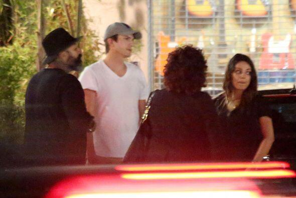 La pareja fue captada en un restaurante de la ciudad de Los Ángeles.