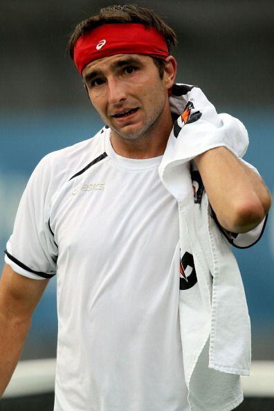 Marin Matosevic se retiró por una torcedura en el tobillo