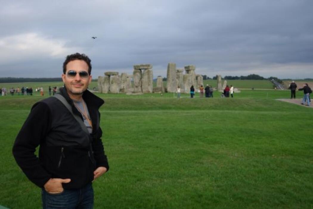 Stonehenge es uno de los sitios que uno no puede perderse cuando viaja a...