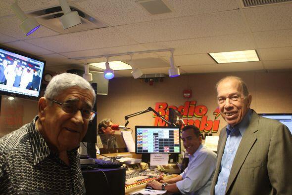Felo y Armando Pérez Roura, director de  Radio Mambí 710 AM, en la antes...