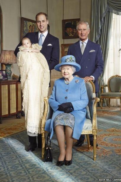 La fotografía resulta histórica porque desde hace casi 120 años no apare...