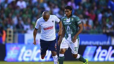 El bicampeón busca un triunfo ante Monterrey para mantener vivas sus asp...