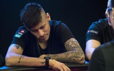 Brasil eliminado de la Copa América mientras Neymar ¿juega póker?