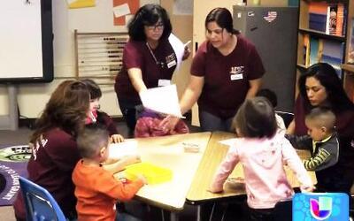 Una escuela en donde las maestras son las madres de los niños