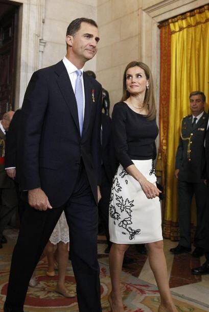 Los Príncipes de Asturias, a su llegada a la firma.