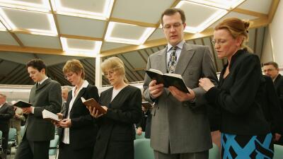 Congregación de Testigos de Jehová en Alemania. (Foto de a...