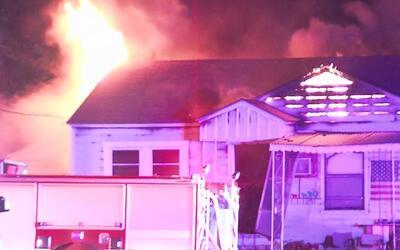 Familia del sur de San Antonio pierde todo su patrimonio por incendio