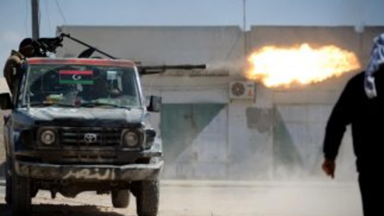 La revuelta de Libia desencaden'o en una guerra civil que en tres meses...
