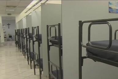 El Vaticano inaugura un albergue para indigentes