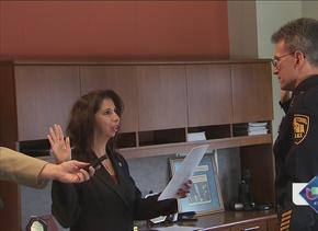 McManus toma juramento como jefe de policía