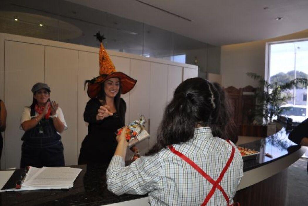 El tercer puesto fue para Irais y su disfraz de 'Dumb-Dumb'.