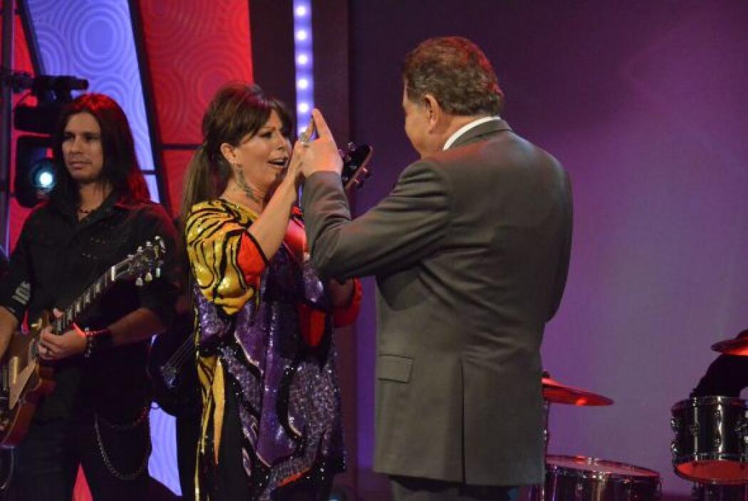 Alejandra le prometió a Don Francisco que en el futuro no cometerá tanto...