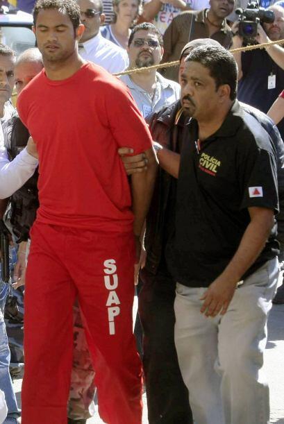 En el 2010 Bruno, el ahora ex portero del Flamengo pagó a unos si...