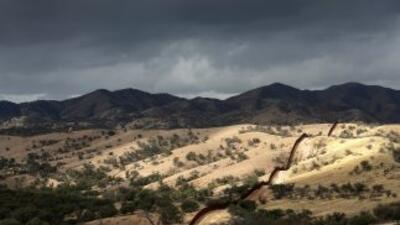 Arizona ha sido vía de entrada de millones de migrantes en busca de lleg...