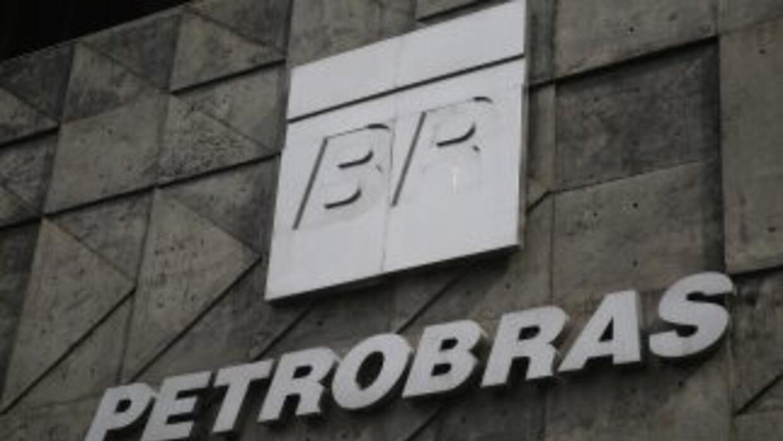 Petrobras se hunde en el escándalo.