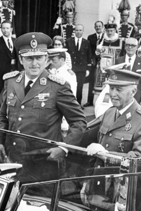 Alfredo Stroessner, ex presidente-dictaror de Paraguay  Sin embargo, el...