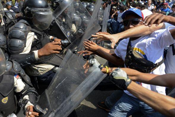 No obstante, los enfrentamientos entre las fuerzas de seguridad y los co...