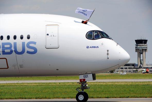 Airbus sostiene que el A350 quema un 25% menos de combustible que el Boe...