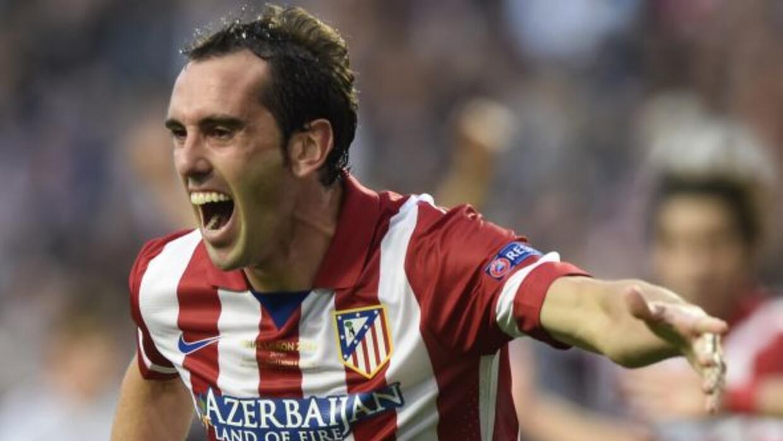 El defensa uruguayo considera que Jiménez es un profesional que se entre...