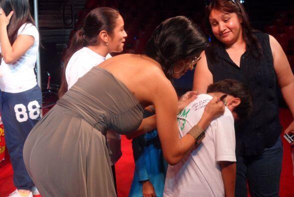 El sábado 11 de mayo el Show estuvo festejando a mamá mientras transmití...