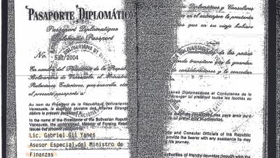 Pasaporte diplomático de Gabriel Gil