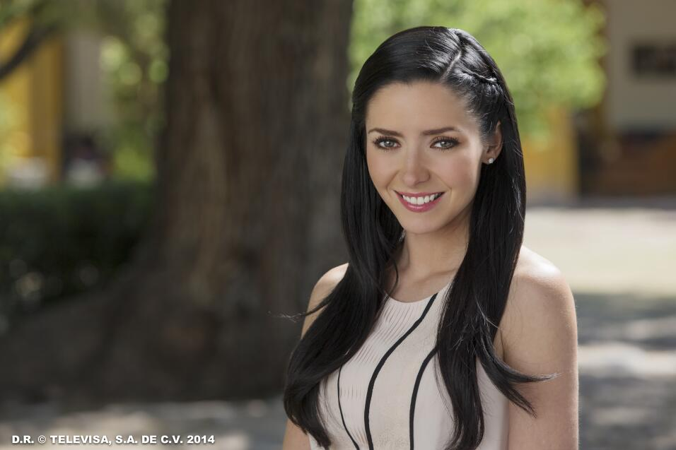 La novia de José Eduardo Derbez es súper fan de Victoria Ruffo ADYCA8.jpg