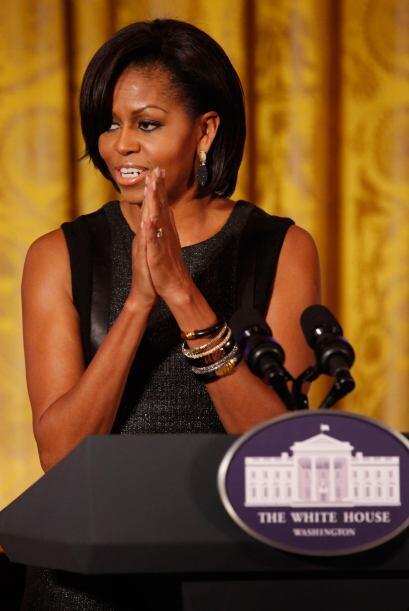 También aparece la Primera Dama de EU, Michelle Obama.