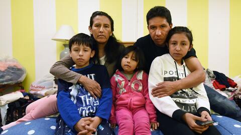 Indocumentada que se refugió en una iglesia para impedir ser deportada c...