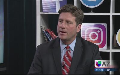 El alcalde de Phoenix insiste en que la policía no hará deportaciones de...