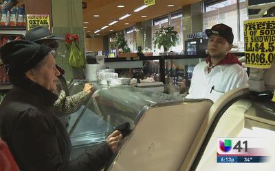Ley protegerá a empleados de súpermercados