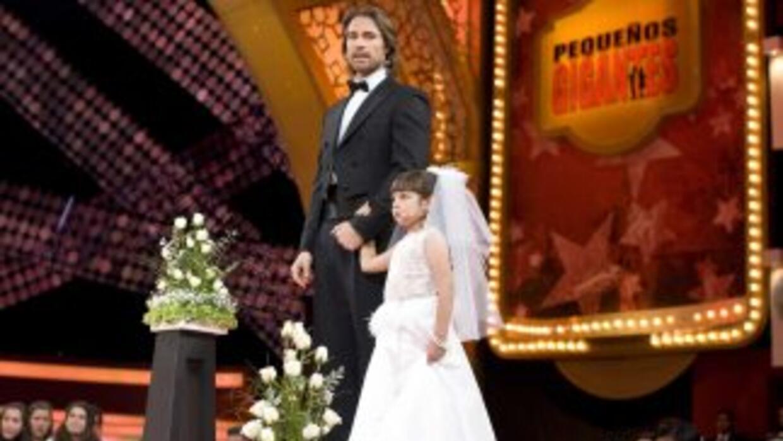 Sebastián Rulli participó en la parodia de Telesa en Pequeños Gigantes.