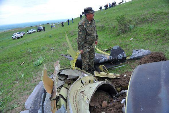 Equipos de rescate recuperaron este sábado los cuerpos de tres pilotos e...