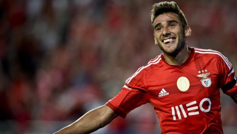 El 'Toto' Salvio se hizo presente con uno de los tantos del Benfica.