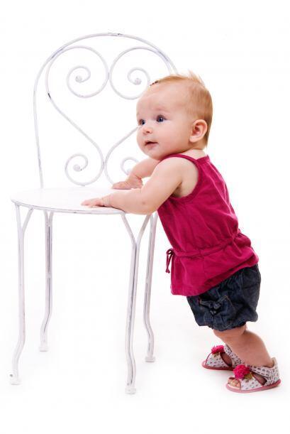 ¡Bebé al ataque! Cuando comience a pararse, se tomar&aacute...