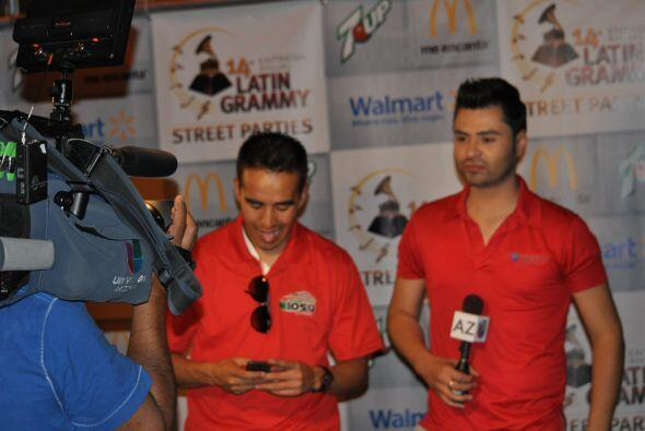 """Los anfitriones de la pachanga fueron Everk """"El Topo"""" S&aacute..."""