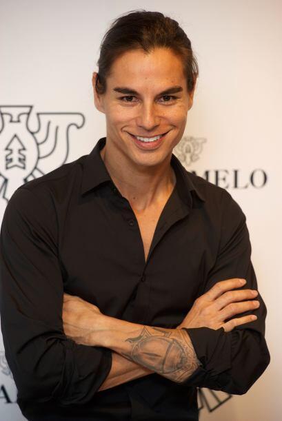 Enrique Iglesias tiene dos hermanos: Chabeli y Julio Iglesias Jr. quien...