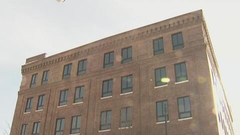 Controversia en Pilsen por remodelación de edificio que estuvo desocupad...