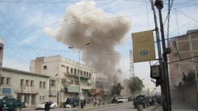 Según el gobernador, siete personas atacaron la agencia local de la Kabu...