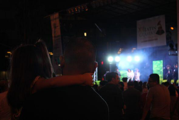 ninos latin grammy street party