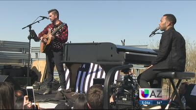 Juanes y John Legend apoyan a inmigrantes encarcelados