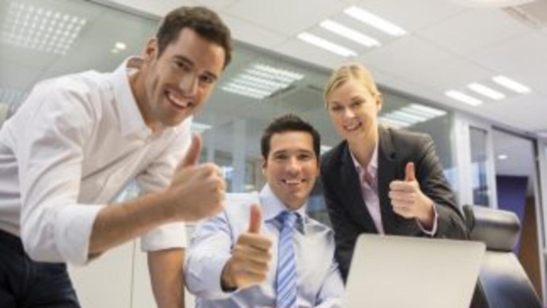 Trabajar con los amigos tiene más beneficios de los que puedes imaginar.