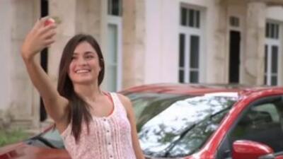 Captura de pantalla de comercial de Toyota donde se ve la casa de Jeb Bu...