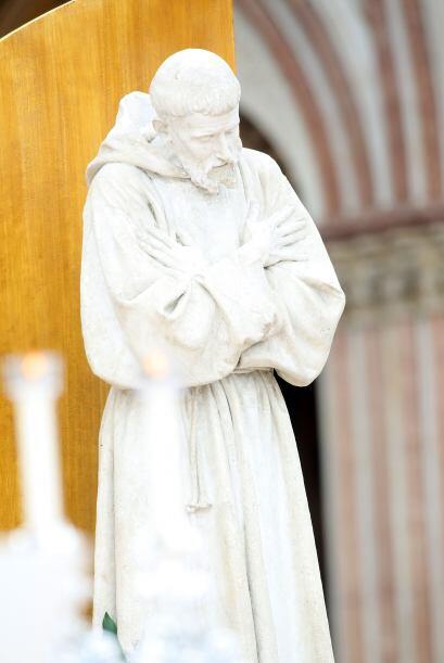 Francisco de Asís fue diácono, fundador de la Orden Franciscana y de una...