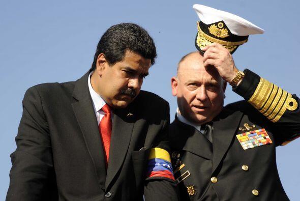 También se menciona al nuevo ministro de defensa, el General Diego Moler...