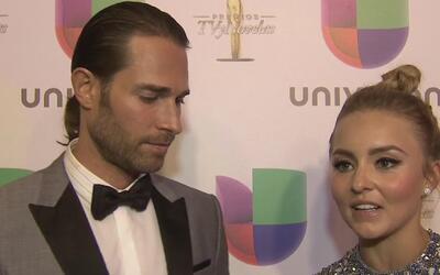 Angelique Boyer y Sebastián Rulli agradecen al público el Premio TVyNovelas