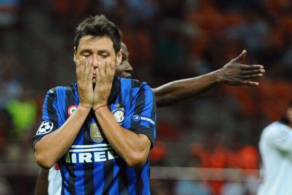 Mauro Zárate se perdió una chance muy clara, lo cual podr&...