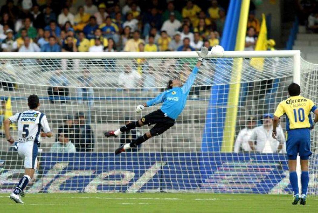 Tras sus buenas actuaciones con América, se rumoraba que Guillermo Ochoa...