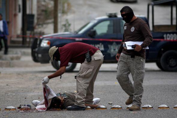 Los agentes de seguridad no dan abasto debido al alto número de homicidi...