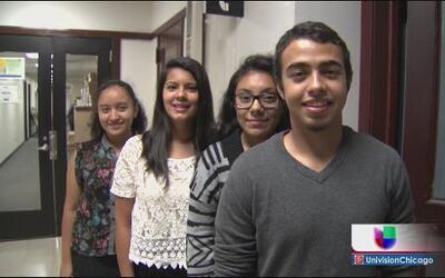 Chicago ayuda con becas a jóvenes soñadores